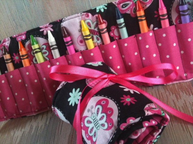 Crayon rolls for a cause