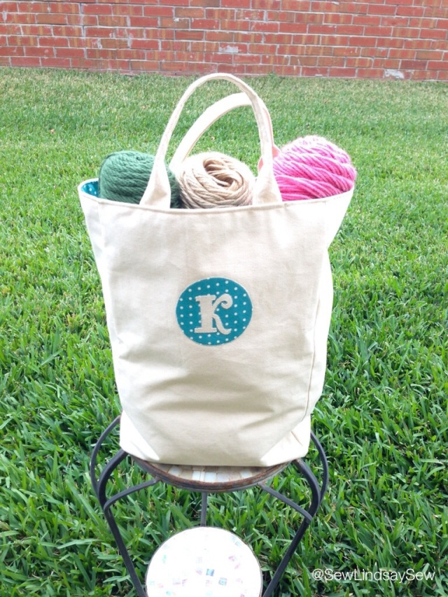 On the Sew Lindsay Sew blog: Amanda's knitting bag pattern review