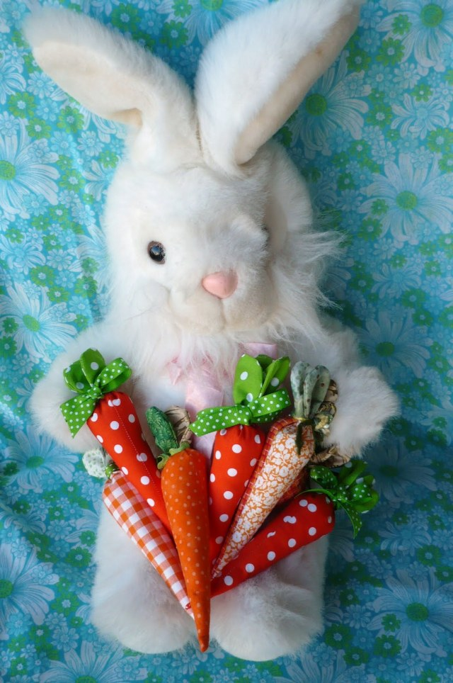 Free fabric carrots tutorial