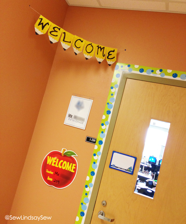 On the Sew Lindsay Sew blog: how to create pencil bunting banners for your classroom